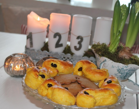 jul,lussebullar,lussekatter,juldukning,advent