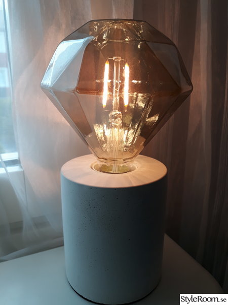 diamanter,bordslampa