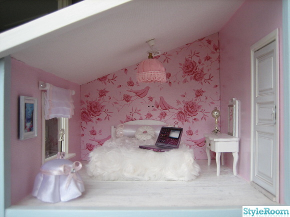 dollhouse bedroom,sovrum