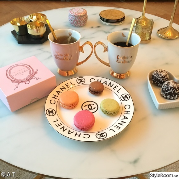 laduree,chanel,mio,fika,macarons