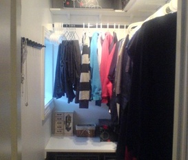 Mini-walk in closet